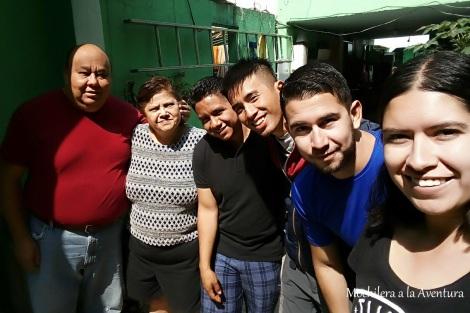 familia ciudad d emexico.jpg